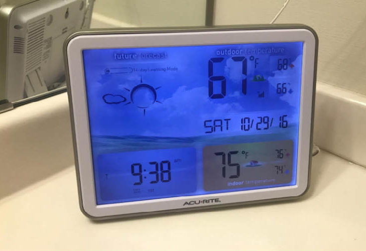 AcuRite dual weather station and clock